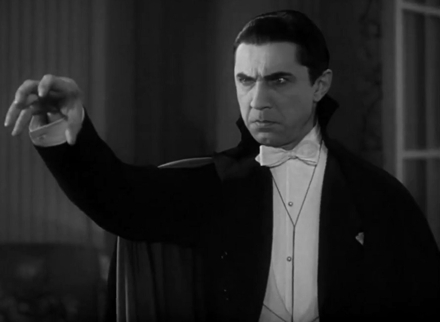 Bela Lugosi played Dracula in the 1931 film.  It was the first feature-length film to be fully licenced with the novel franchise.