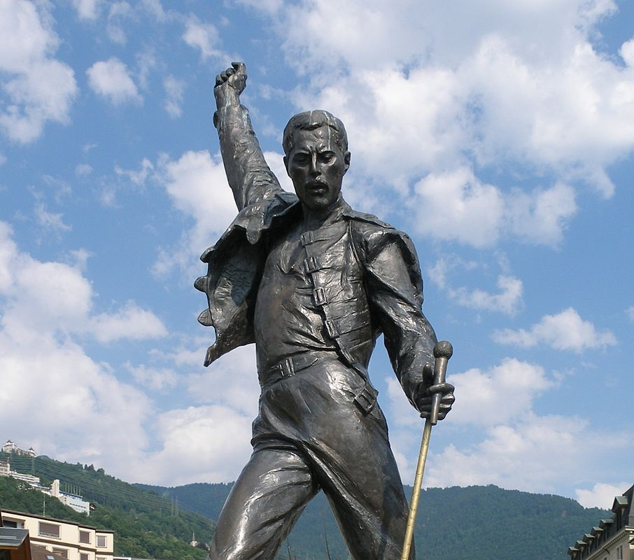 A statue of Freddie Mercury stands in Montreux, Switzerland, on coast of Lake Geneva. The statue was dedicated in 1996, with the other members if Queen present for the ceremony.