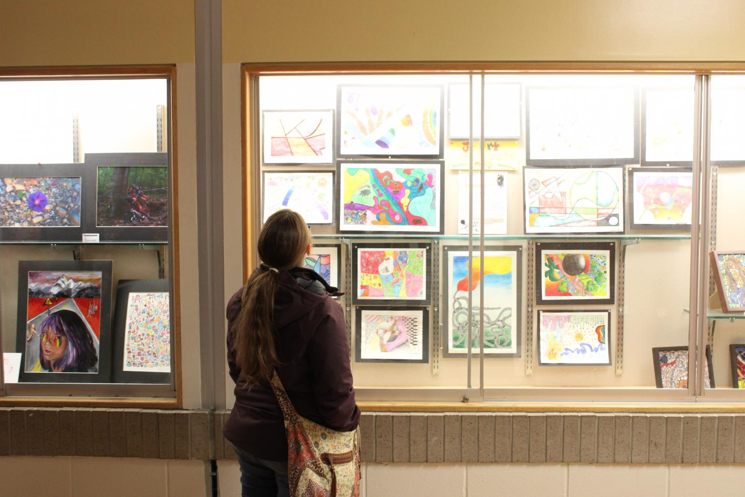 Compositions created by Effies and SENIORS alike were made available for the viewing pleasure of the art show's many attendees.