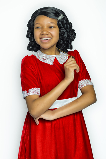 This past February, Diana Hutchinson, '23, made history as the first African-American actress to play Annie in the Children's Theatre of Cincinnati's production of 'Annie.'